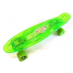 Skate penny transparente con luz recargable. Conexión USB